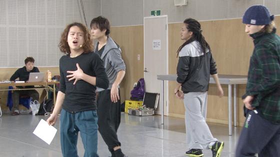 メインボーカルは中川晃教という強力な布陣
