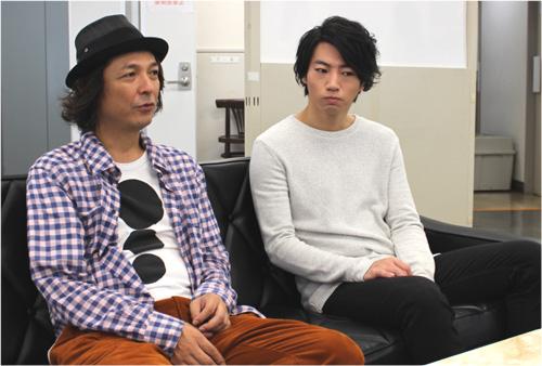 インタビューに答える矢崎広、河原雅彦
