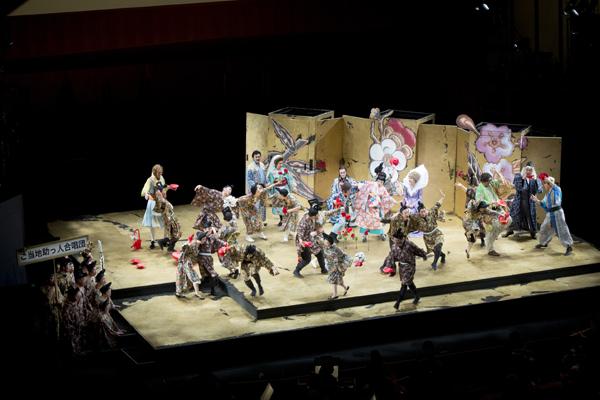 野田秀樹 オペラ「フィガロの結婚」