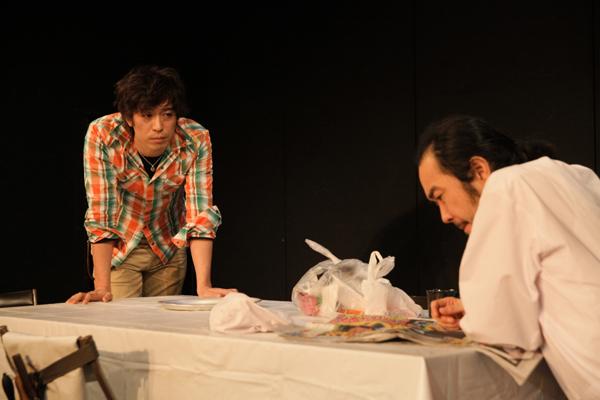 iaku「エダニク」舞台写真