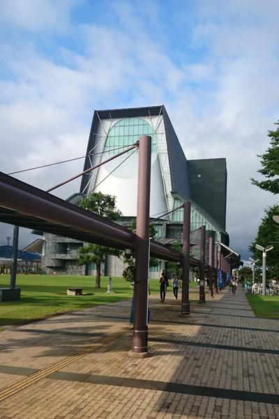 静岡芸術劇場までの道