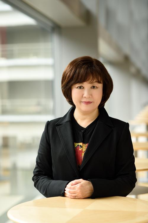 演出の宮田慶子