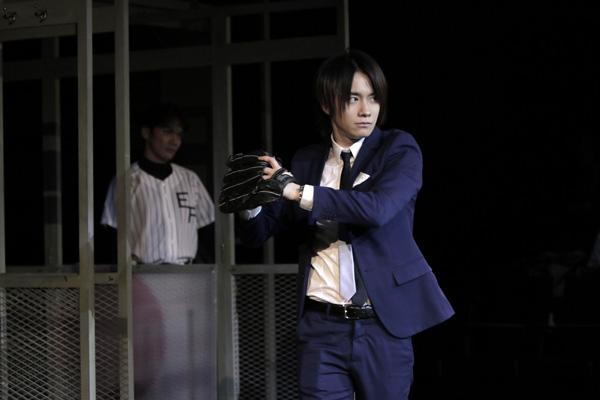 舞台「テイクミーアウト」舞台写真 良知真次 撮影:岡千里