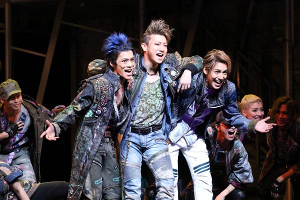 ミュージカル「ロミオ&ジュリエット」舞台写真 撮影:田中亜紀