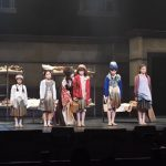 ミュージカル「アニー」舞台写真 撮影:萬山昭祥