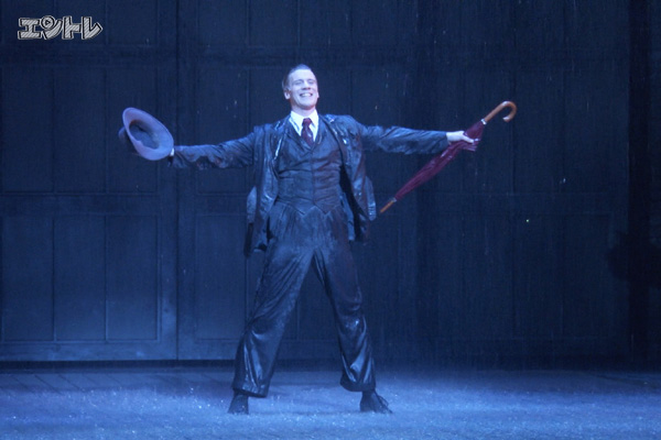 ミュージカル「SINGIN' IN THE RAIN」アダム・クーパー