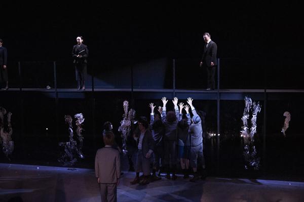 舞台「春のめざめ」舞台写真