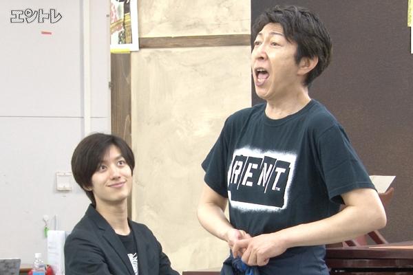 舞台「グローリアス!」篠井英介と水田航生