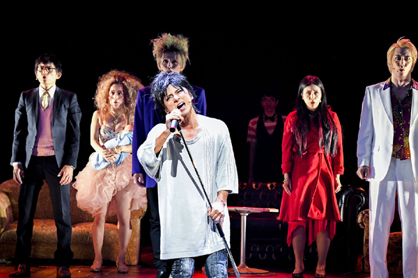 舞台「不届者」舞台写真 撮影:小松陽祐