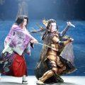 劇団☆新感線「髑髏城の七人」Season月<上弦の月>右:早乙女太一、左:三浦翔平
