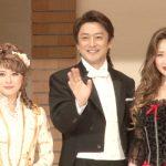 ミュージカル「ジキル&ハイド」左から宮澤エマ、石丸幹二、笹本玲奈