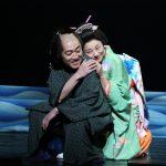舞台「近松心中物語」池田成志、小池栄子 撮影:宮川舞子