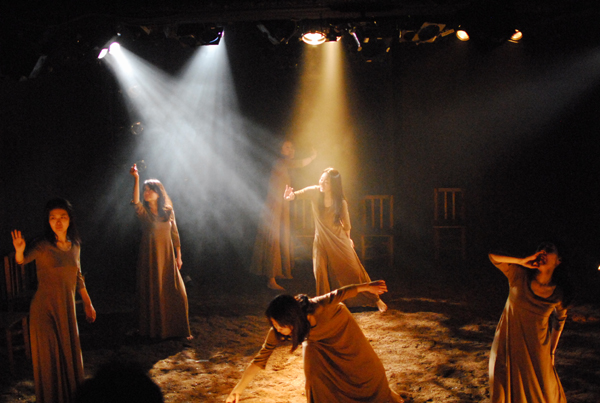 On7「かさぶた」舞台写真
