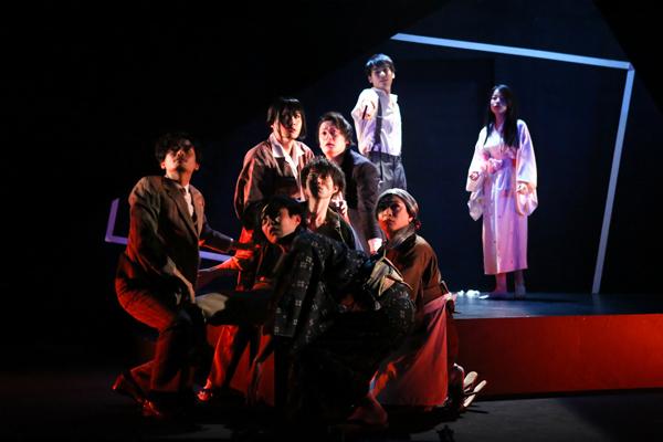 舞台「白痴」 写真撮影:宮川舞子