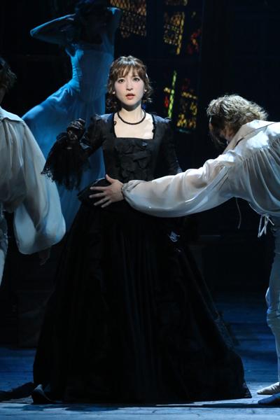 ミュージカル「1789」神田沙也加 写真提供:東宝演劇部