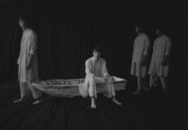 舞台「BOAT」ビジュアル AD:名久井直子 撮影:井上佐由紀