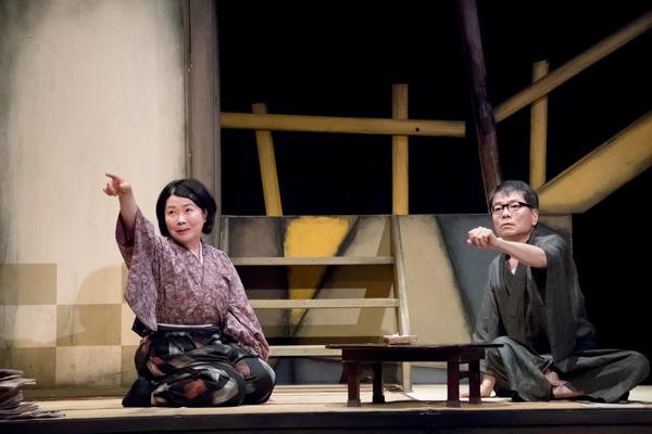 ジョンソン&ジャクソン『ニューレッスン』撮影:桜井隆幸