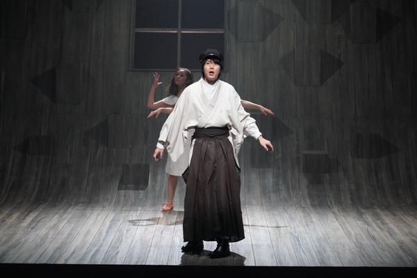 舞台「半神」撮影:田中亜紀