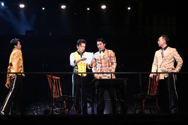 ミュージカル「ジャージー・ボーイズ」 写真提供:東宝演劇部