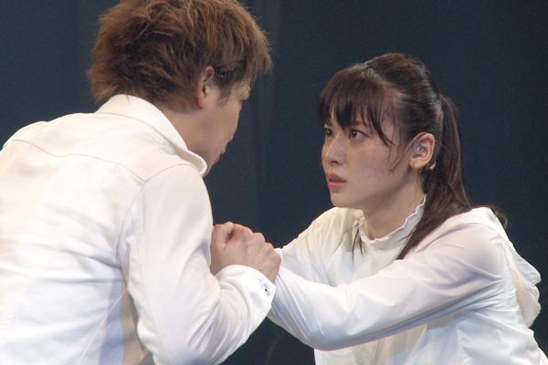 舞台「LADY OUT LAW!」矢島舞美、味方良介