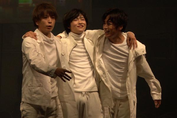 舞台「LADY OUT LAW!」鈴木勝吾、松井勇歩、増子敦貴