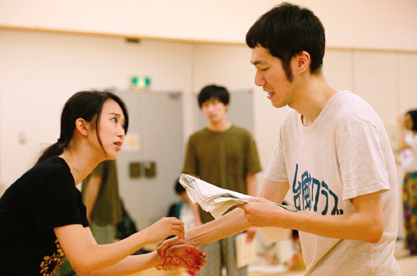 中山まりあ/大村わたる(柿喰う客/青年団)