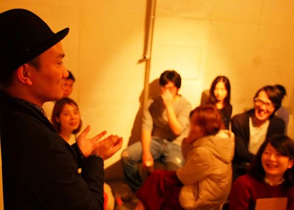 Prayers Studio「ダム・ウェイター」