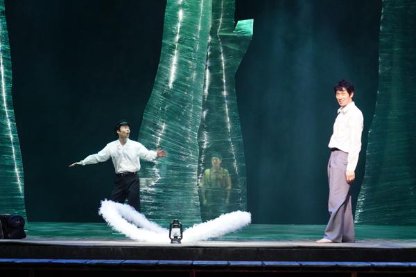 舞台「ゲゲゲの先生へ」佐々木蔵之介 撮影:田中亜紀