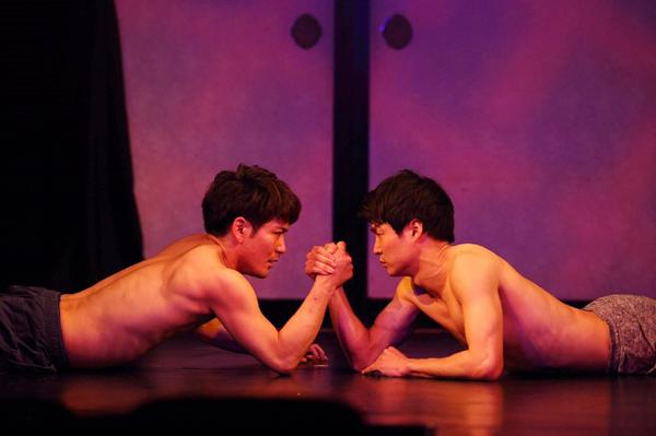 たやのりょう一座 第2回公演「いつも心に太陽を」より、田谷野亮、小谷けい