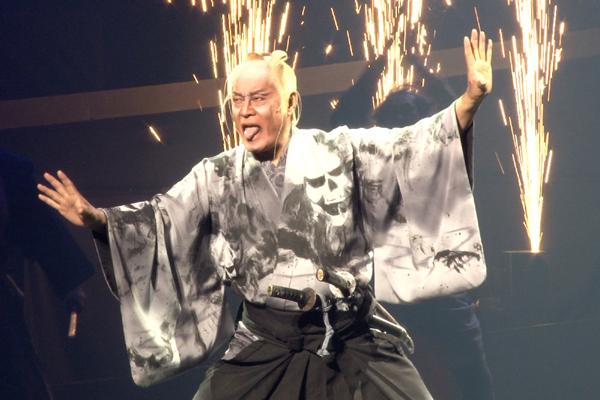 舞台「魔界転生」松平健