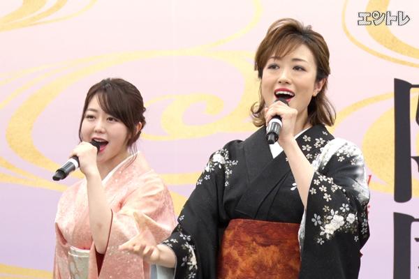 北翔海莉、峯岸みなみ(AKB48)