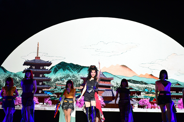 日本総狂宴ステージ『KEREN』