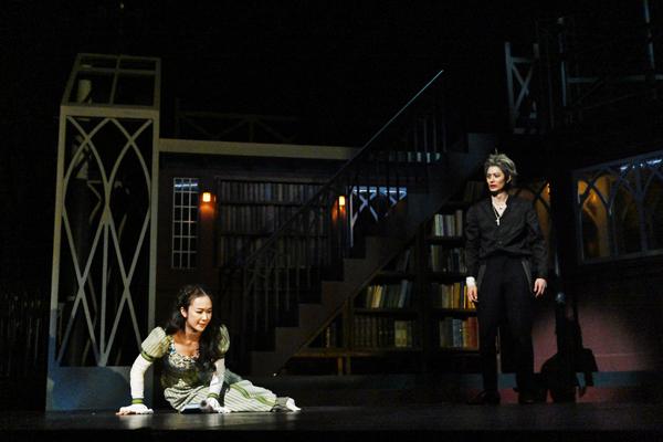 舞台「ハムレット」が開幕