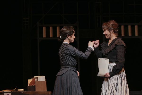 ミュージカル「FACTORY GIRLS(ファクトリー・ガールズ) ~私が描く物語~」柚希礼音、ソニン