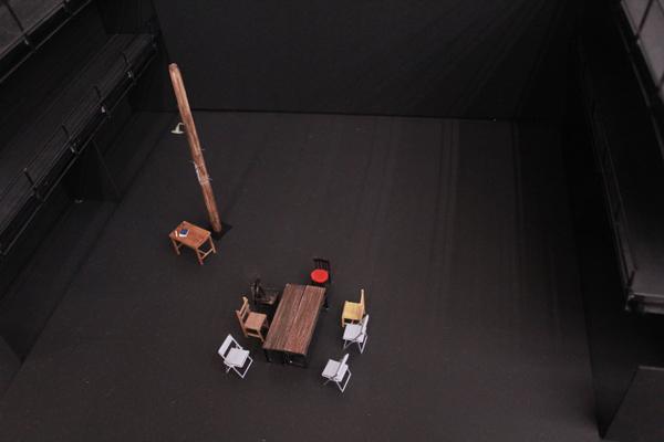 新国立劇場演劇研修所『会議』美術模型