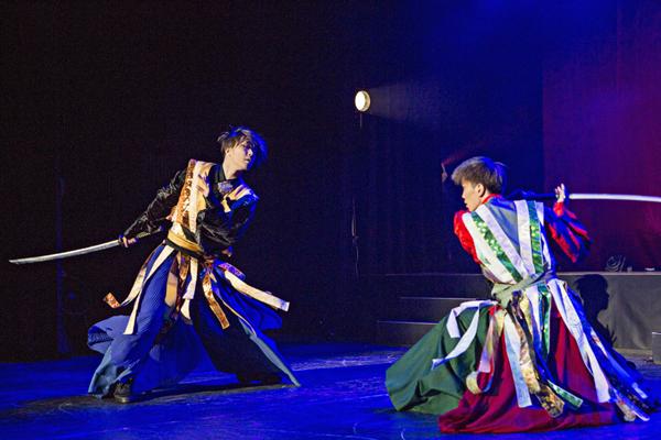 『劇団朱雀 復活公演』早乙女太一、早乙女友貴 撮影:橋本雅司