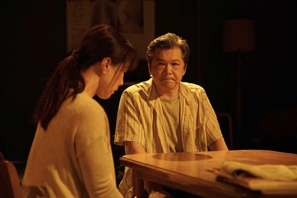 TAAC「だから、せめてもの、愛。」撮影:堀川高志