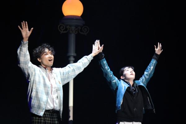 ミュージカル『シャボン玉とんだ、宇宙(ソラ)までとんだ』井上芳雄、咲妃みゆ