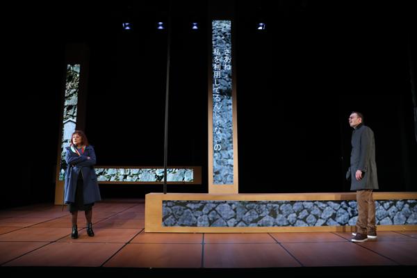 舞台『野兎たち』 撮影:石川純