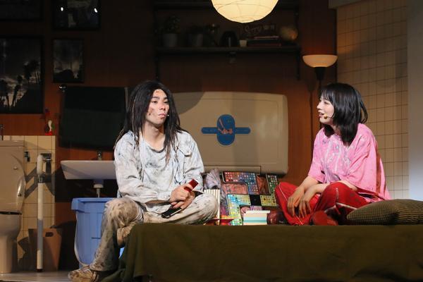 大パルコ人4マジロックオペラ『愛が世界を救います(ただし屁が出ます)』 撮影:宮川舞子